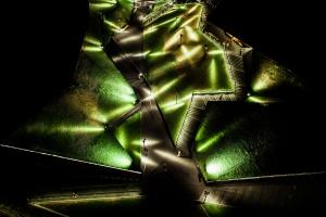 Zielona dolina MCK nocą